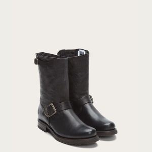 • Frye • Short Veronica Leather Buckle Boots 8